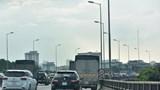 Cảnh sát giao thông nói gì về tình trạng lấn làn vượt ẩu trên đường Vành đai 3