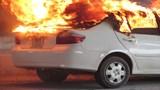 [Thông tin 114] Cách xử lý khi ô tô bị cháy