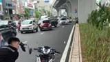 Hà Nội: Tạm giữ hình sự nam thanh niên đập phá xe máy trên đường Trường Chinh