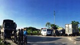 Tai nạn liên hoàn giữa xe con và xe tải, 2 người chết, 3 người bị thương