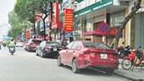 Đường Trần Duy Hưng -  nhức nhối cảnh xe ô tô đỗ bất chấp biển cấm