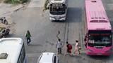 Hà Nội: Xử lý hơn 1.400 trường hợp xe khách, xe taxi dừng đỗ, đón khách sai quy định