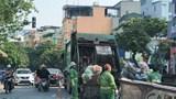 """[Điểm nóng giao thông] Chân rác """"án ngữ"""" phố Dương Quảng Hàm"""