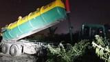 2 trường hợp đổ trộm phế thải trên Đại lộ Thăng Long bị phạt hơn 600 triệu đồng