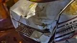 Tai nạn giao thông mới nhất hôm nay 4/12: Xe Mercedes lao xuống kênh, nam tài xế tử vong