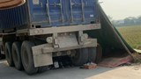 Hà Nội: Xe container lùi bất cẩn khiến 2 chị em ruột tử vong