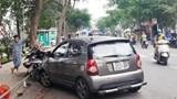 Tai nạn giao thông mới nhất hôm nay ngày 12/12: Ô tô đâm liên hoàn 4 xe máy, 2 người nguy kịch nhập viện