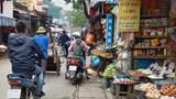 """Phố Nam Dư, quận Hoàng Mai: Chợ """"cóc"""" hoạt động gây ùn tắc cả tuyến phố"""