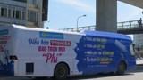 Hà Nội: Xử lý nghiêm ô tô khách dán quảng cáo phủ kín xe