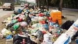 Rác thải ngập các tuyến đường quận Nam Từ Liêm: Công ty Minh Quân đang ở đâu?