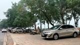 Vi phạm trật tự đô thị bủa vây Hồ Tây, gây cản trở, mất an toàn giao thông