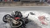 Quảng Nam: 2 xe máy bốc cháy sau va chạm, 1 người bỏng nặng