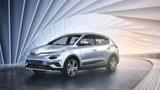 VinFast ra mắt 3 dòng ô tô tự lái, có tùy chọn động cơ điện và xăng