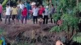 Tai nạn giao thông mới nhất ngày 14/2: Ô tô về quê ăn Tết bị lọt xuống kênh, 2 người may mắn thoát nạn
