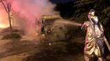 Tai nạn giao thông mới nhất ngày 15/2: Ô tô 7 chỗ bị thiêu rụi trong đêm