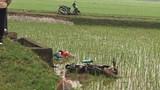 Mê Linh: Một nam thanh niên tử vong khi lao xe máy xuống ruộng