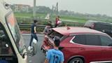 """Tai nạn 4 ô tô """"dồn toa"""", cao tốc Pháp Vân - Cầu Giẽ ùn tắc kéo dài"""