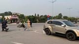 Xe máy tông ô tô tại điểm đen tai nạn giao thông