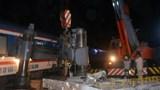 [Clip] Thót tim tàu SE21 đâm ngang xe đầu kéo ở Cây Cầy - Khánh Hòa