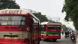 Hãi hùng cảnh 2 xe buýt đánh võng, chèn nhau ở Vinh
