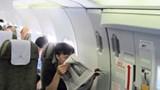 Mở cửa thoát hiểm để... đi vệ sinh, nam hành khách nhận cái kết đắng