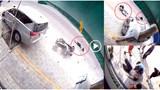 [Clip] Khoảnh khắc xe ô tô 7 chỗ mất lái đâm xe máy văng xa 30m