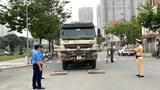 Quận Hà Đông: Phạt gần 60 xe quá khổ, quá tải