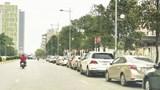 Hà Nội: Nên xem lại việc cấm dừng đỗ trên đường Vũ Trọng Khánh