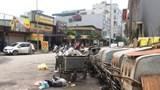 Rác, phế thải gây ô nhiễm trên nhiều tuyến đường của phường Hà Cầu