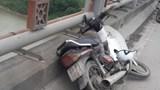 Nam thanh niên tử vong trên cầu Thanh Trì