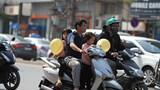 Thực hiện quy định đội mũ bảo hiểm khi đi xe máy: Gia tăng vi phạm