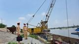 Hà Nội: Xử lý 7 bãi tập kết vật liệu xây dựng không phép ven sông Hồng