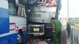 Tai nạn giao thông mới nhất hôm nay 5/5: Xe khách tông xe tải trên cao tốc, một người tử vong