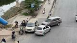 [Điểm nóng giao thông] Bến cóc đầu cao tốc Pháp Vân vẫn chưa được xử lý