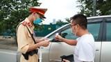 Cảnh sát tăng cường xử lý người không đeo khẩu trang khi tham gia giao thông