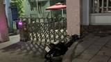 Tự lao xe máy vào vỉa hè, người đàn ông tử vong trên đường đi cấp cứu