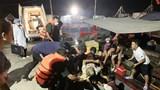 Thừa Thiên Huế: Sà lan đâm chìm tàu cá ở cửa biển, 1 thuyền viên bị thương nặng