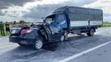 [Clip] Ô tô con lấn làn ''đối đầu'' xe tải, 3 người tử vong tại chỗ