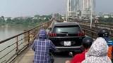 Phạt 1,5 triệu, tước GPLX 2 tháng với nữ lái xe lên cầu Long Biên