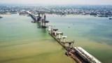 Cận cảnh công trường cầu Cửa Hội nối Nghệ An – Hà Tĩnh