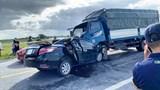 Xe tải đấu đầu xe con, 3 người tử vong tại chỗ
