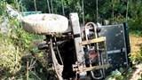 Tai nạn giao thông mới nhất hôm nay (13/7): Công nông tuột dốc đổ đè máy kéo, 1 người chết, 1 bị thương