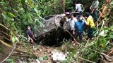Tai nạn giao thông mới nhất hôm nay (19/7): Ô tô lao xuống vực sâu, 2 người tử vong tại chỗ
