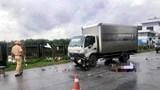 Tai nạn giao thông mới nhất hôm nay (24/7): Người phụ nữ đang đi bộ trên đường thì bị xe máy đâm tử vong