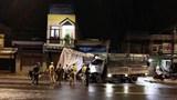 Tai nạn giao thông mới nhất hôm nay (5/9): Tài xế buồn ngủ xe tải mất lái đâm sập chốt kiểm soát dịch