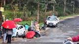 Tai nạn giao thông mới nhất hôm nay (18/9): Xe tải đâm rồi lật đè lên xe đạp khiến bé trái 12 tuổi tử vong thương tâm