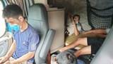 5 người trốn trong buồng lái xe container để tránh kiểm tra y tế