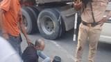 Sử dụng ma túy đá điều khiển ô tô chống đối lực lượng CSGT