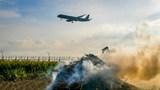 Cảnh báo nguy cơ mất an toàn bay do người dân thả diều, đốt rơm rạ gần sân bay