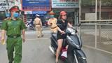 Hà Nội: Phạt gần 10 tỷ đồng những người không đeo khẩu trang nơi công cộng